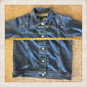 Vintage DKNY Blue Jean Denim Jacket!